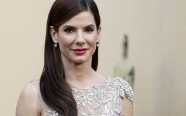 The cultural pressure on Sandra Bullock to be a stepmartyr is enormous
